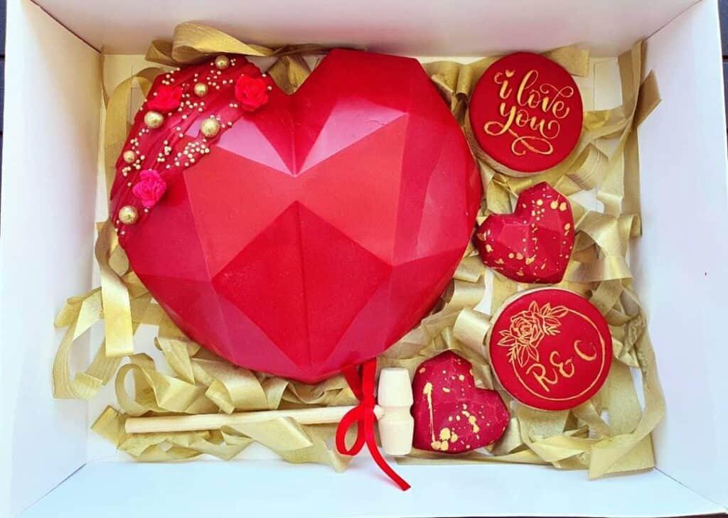Valentine's Day smash box heart gift box